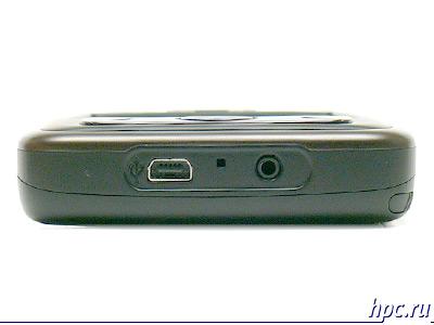 O2 XDA Flame: нижний торец: разъем для гарнитуры (2,5мм), микрофон, mini-USB