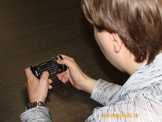 Обзор Samsung I8910 HD. Самый мощный Symbian-смартфон