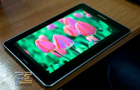 Яркий и контрастный экран Samsung Galaxy Tab 7.7