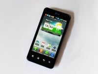LG Optimus 2X все-таки получит Android Ice Cream Sandwich