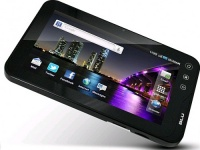 5.3-дюймовый смартфон BLU Studio 5.3 и планшет BLU Touch Book 7.0