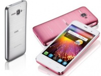 Смартфон Alcatel One Touch Star: ОС Android 4.1 и 4-дюймовый дисплей