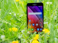Видеообзор смартфона ASUS ZenFone Selfie (ZD551KL) от портала Smartphone.ua!