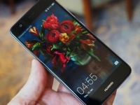 Huawei представила смартфон Nova в версии с 4 ГБ ОЗУ