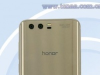 Смартфон Honor 9 с двойной камерой прошел сертификацию TENAA
