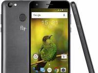 Смартфон Fly Power Plus XXL наделен батареей на 4900 мАч