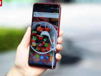 Elephone U и U Pro получат гибкие AMOLED-экраны BOE