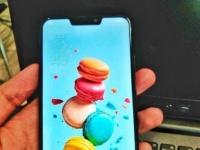 Смартфон Asus Zenfone 5 запечатлен на «живом» фото