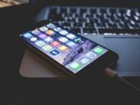 Apple запаздывает с универсальными программами под iOS и macOS