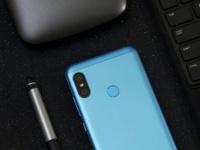 Xiaomi Redmi 6 Pro показали на «живых» снимках