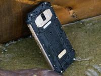 Защищенный OUKITEL WP2 показали на видео: батарея 10000 мАч и NFC