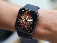 После презентации умных часов Apple Watch Series 4 акции Fitbit упали в цене, а акции Garmin подорожали