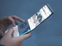 «Будущее здесь» — рекламный слоган первого смартфона Samsung со сгибающимся экраном