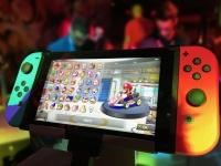 Nintendo выпустит новую версию портативной консоли Switch