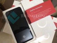 Распаковка OnePlus 6T на фото накануне анонса
