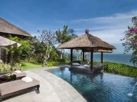 Туристам на Бали запретили пользоваться смартфонами и ноутбуками