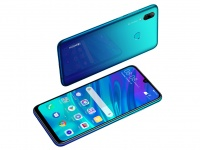 Huawei P smart 2019 уже в Украине - с 21 по 25 декабря по акционной цене в 5999 грн.