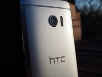 HTC отчиталась за 2018 год, выручка упала на 66%