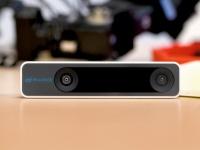 Новая камера Intel RealSense поможет роботам ориентироваться без GPS