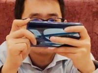 Сотрудник Xiaomi засветил Mi 9 с тремя камерами?