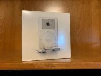 В 50 раз дороже, чем на момент выхода. Запечатанный плеер Applе iPod предлагают за $19 995