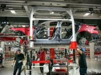 По поставкам электрокаров в США у Tesla нет равных