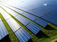 Amazon объявила о двух новых проектах в области возобновляемых источников энергии в США и ЕС