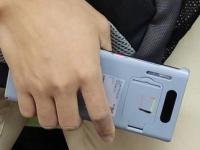 Живые фото Huawei Mate 30 Pro: скругленный экран и ксеноновая вспышка?