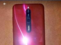 Смартфон Redmi 8 пытаются продать за $3500