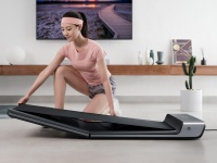 Спортивный тренажер от King Smith - WalkingPad A1 за $399.00: умная, простая в управлении, легкая и надежная дорожка для ходьбы