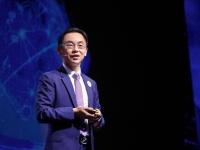Huawei объявил о поставках более 400 000 активных антенных систем