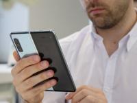 Уменьшенный Samsung Galaxy Fold 2 частично одобрен властями