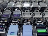 В Samsung показали процесс производства гибкого смартфона Galaxy Z Flip