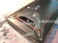 Появились фотографии Xiaomi Comet — игрового смартфона с защитой IP68