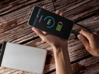 Qualcomm представила технологию Quick Charge 3+ для смартфонов среднего класса