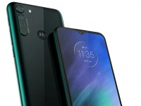 Смартфон Motorola One Fusion оснащён экраном HD+ и процессором Snapdragon 710