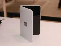 Microsoft Surface Duo сертифицирован FCC: устройство может поступить в продажу раньше, чем ожидалось