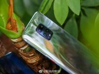Xiaomi выпустила зеркальную версию Redmi 10X ограниченным тиражом