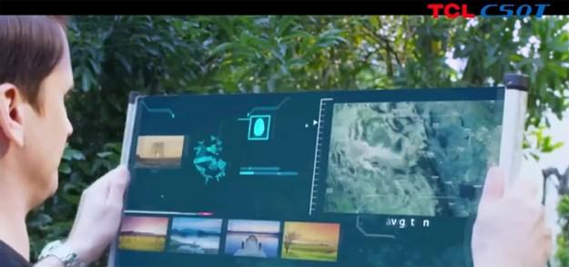 TCL показала 17-дюймовый планшет, который разворачивается как свиток