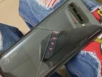 ASUS показала второй дисплей ROG Phone 5 крупным планом