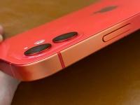 Пользователи iPhone вновь страдают из-за проблем с краской