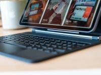 Новый iPad Pro 2021 против MacBook на чипе M1