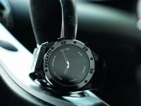 Bugatti представила три модели умных часов премиум-класса