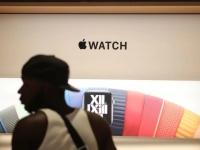 Apple обвинили в незаконном использовании технологии измерения ЧСС в Apple Watch