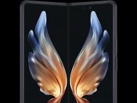 Двойная подэкранка? Первое пресс-фото Samsung Galaxy W22 5G