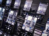 Samsung показала, насколько прочными являются Galaxy Z Fold 3 и Z Flip 3
