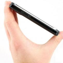 Samsung SGH-i8910 Omnia HD - фото 3