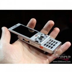 Sony Ericsson W995 - фото 13