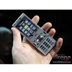 Sony Ericsson W995 - фото 10